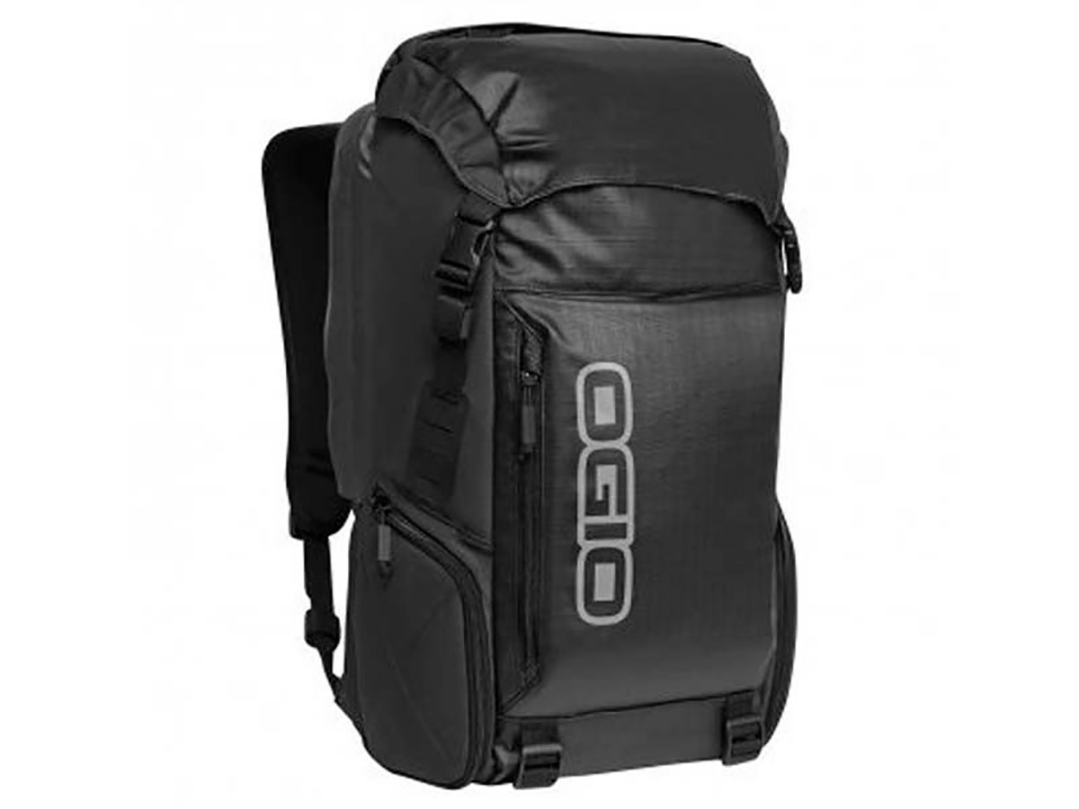 BOLSA OGIO THROTTLE 15 NEGRO