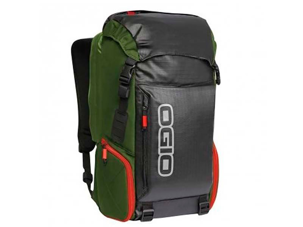 BOLSA OGIO THROTTLE 15 VERDE